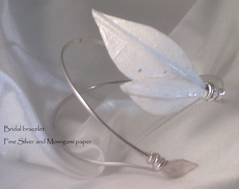 Delicate White Momigami paper and Fine Silver bracelet
