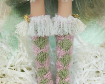 jiajiadoll - Pink Bunny Wonderland - Hand Knit-pink and green prismatic checked socks fits momoko- blythe -Misaki- Unoa light- Lati yellow