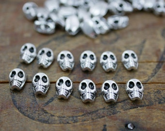Skull Bead Silver Bead Tiny Skull Beads Small Skull Beads (12)