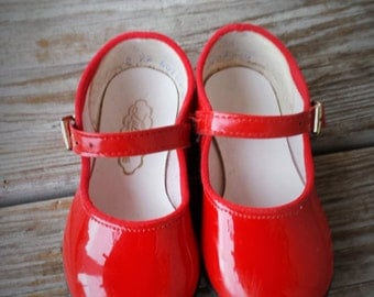 Girls Lullaby Red Faux Patent Leather Mary Jane Shoes