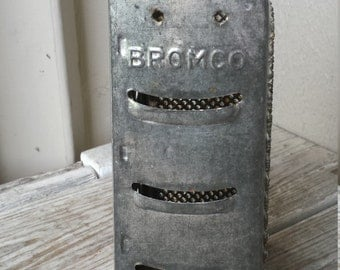 Bromco Happy Stainless Steel Grater