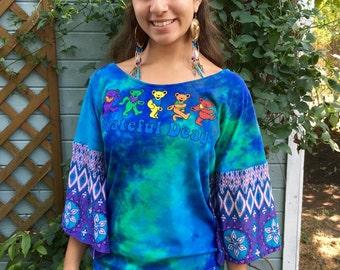 Grateful Dead Dancing Bears Tie Dye Batik Print Bell Sleeve Tee Upcycled Tshirt/Tee/Top/Shirt Womens Size Small/Medium