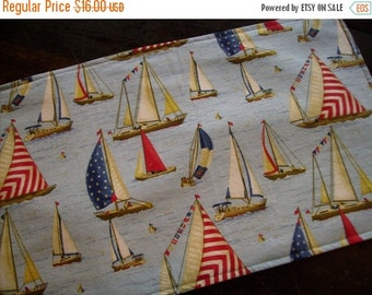 ON SALE Patriotic Table Runner Sailing Boats Summer Padded