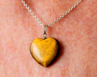 TIGERS EYE STONE Heart Necklace Silver Chain Vintage
