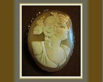 GODDESS Cameo-Lovely Romantic Antique,Classical Goddess/Woman Profile,Intricate Setting,Messy Up Do,Gift,Vintage Jewelry,Women