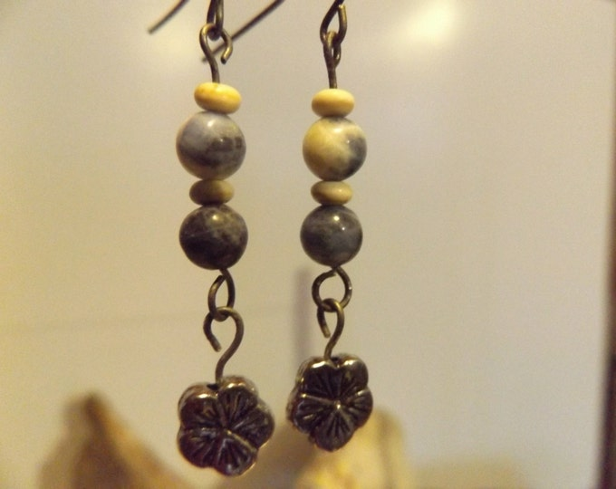 Sodalite Healing Earrings, Healing crystals and Gemstones Jewelry, Healing Jewelry, Healing Crystal and Stones, Spiritual Jewelry