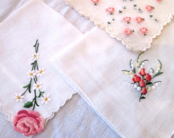 ROSE TATTOO Valentine Hankies / Vintage 50's / Instant Collection of 4 / Pink Red and White/ Roses /Embroidered
