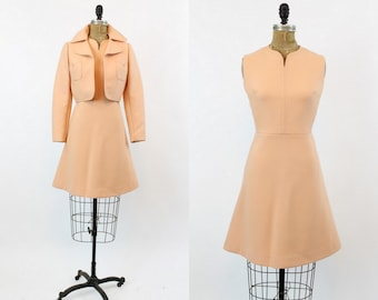 60s Wool Dress XS / 1960s Vintage Blush Pink Structured Dress and Jacket / French Elegance Suit
