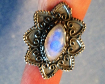 RING - ORNATE - MOONSTONE - Marquise  - Oxidized -  925 - Sterling Silver  - size 6 1/2-    moonstone390