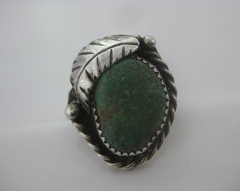 Size 6 1/4 Vintage Oval Green Turquoise Sterling Silver Leaflet Ring