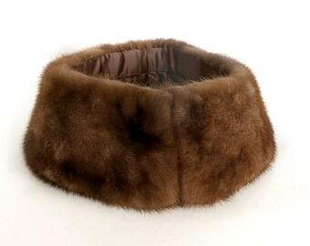 Round Mink Collar Sweater Coat Trim 1960s 70s Vintage Warm Brown Fur