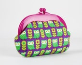 Plastic frame purse - Cute owls and daisies in purple and green - Gamaguchi medium / Bright purple kisslock purse / Japanese fabric / blue