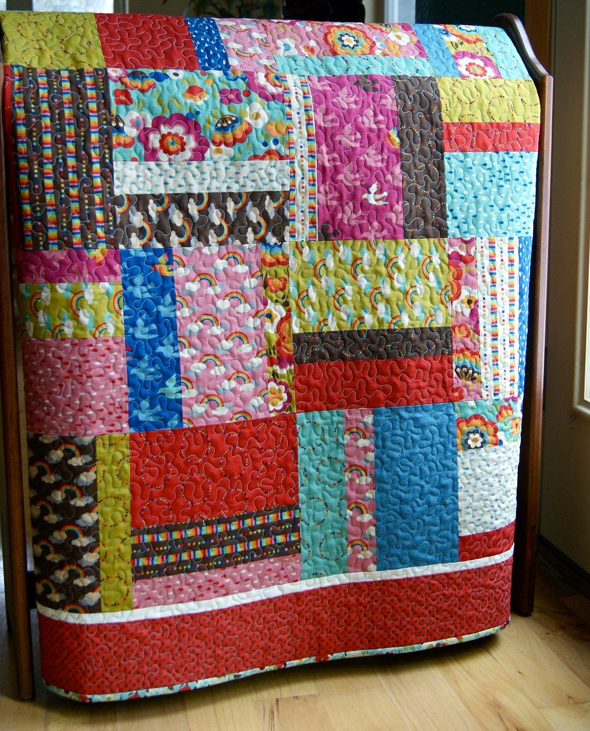 Quilt Baby Toddler Flying Colors Rainbows Momo Moda Scrappy