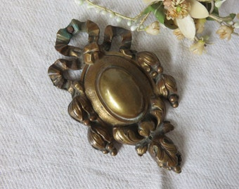 Large Antique Vintage French Gilded Brass Picture Hook Cover C1880, Paris Apartment Chic, Ribbon Bow Decor, French Country Home Interior