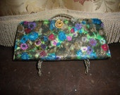 1960's Vintage Lame Multi-colored Clutch Bag Decorative clasp