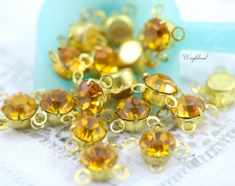 Topaz 6mm Vintage Swarovski Crystals 4 Rings Closed Back Brass Prong Settings - 8
