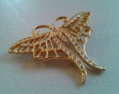 Brooch or Pendant - Butterfly Brooch in Gold-colored Metal with Clear Rhinestone