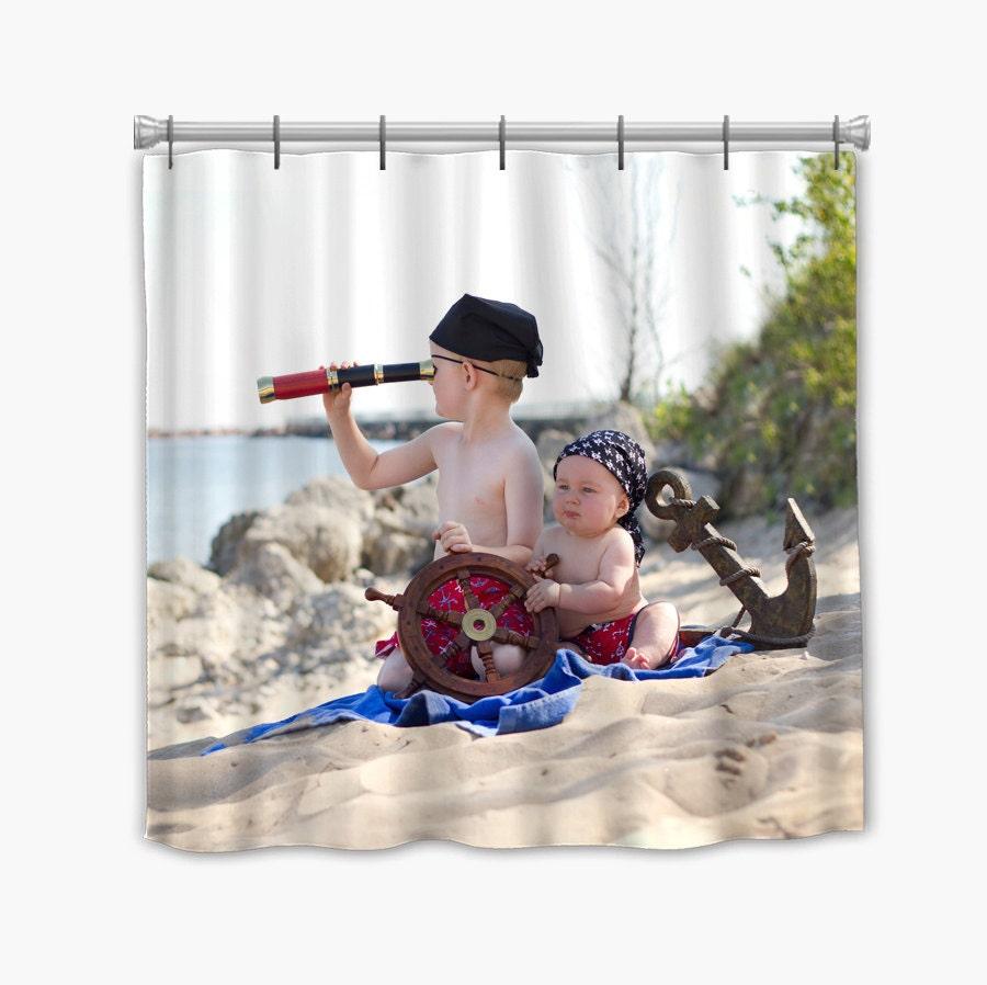rideau de douche personnalis photo votre photo soit bord. Black Bedroom Furniture Sets. Home Design Ideas
