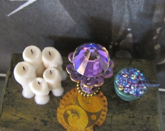 Scrying Prism dollhouse miniature, fortune teller, witch, wizard, fairy, spooky, gypsy, Halloween in 1/12 scale