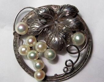 Japan Sterling Silver Akoya Pearl Brooch Pin