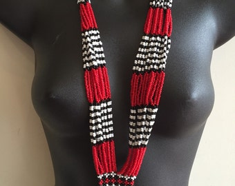 Beaded necklace, Native American?