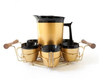 Vintage 1960s Pitcher Set / 60s Thermo Serv Gold Black Insulated Pithcer with Lid and 6 Cup Set with Tray / Summer Outdoor Entertaining