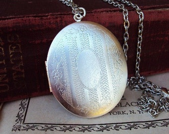 Vintage Large Locket Necklace Engraved Design Photo Locket Silver Plate Textured Long Chain