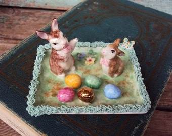 Vintage Irish Dresden Figurine Porcelain Lace Easter Rabbits Eggs Easter Game Ireland Crown Mark Easter Bunny Display Collectible clover