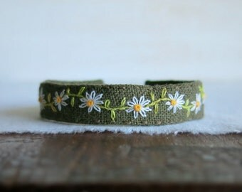 Daisy Chain Cuff Bracelet - Hand Embroidered Daisies on Olive Green Linen Cuff Bracelet