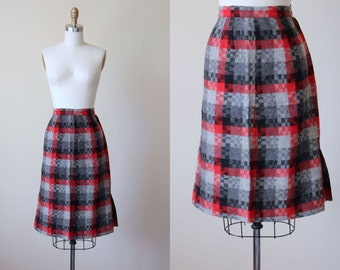 50s Skirt - Vintage 1950s Red Grey Black Plaid Wool Sheath Skirt M L - Mt Hood Skirt