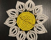 Daisy beaded hair clip, French beaded flower, Yellow white beaded flower hair accessory, seed bead flower, Daisy flower girl hair accessory