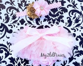Baby BLOOMER and HEADBAND SET- Light Pink and Ruffle Bum Baby Bloomer with Satin Bow , Baby girl Headbands ,gold and pink, Diaper Cover