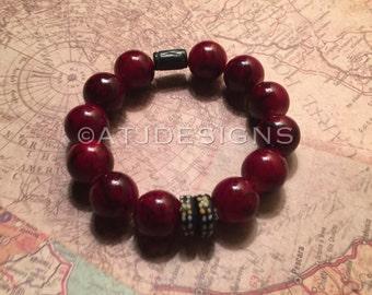 Red marbleized beaded bracelet