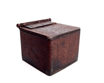 Steel jewelry box/trinket box