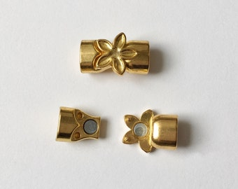 Antique Golden Flower Magnetic Clasp, 10.4x6.3mm Oval Opening