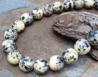 Little Brown Hen Speckled Eggs Matte Druk 8mm Beads
