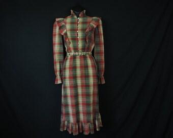 plaid ruffle prairie dress 70s winter cabin shirtwaist frock medium