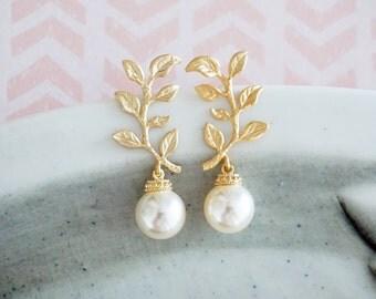 Tina - Gold Leaf Swarovski Pearl Earrings, Bridesmaid earrings, Bridal Wedding Jewelry, woodland fairy Goddess