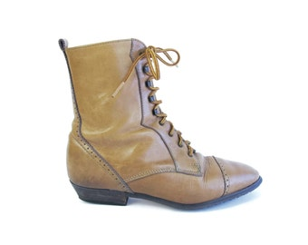 Vintage Brown Leather Lace Up Boots 1980s Granny Boots Lace Up Ankle Boots Perforated Low Heel Boots Pointed Toe Victorian Style Size 6
