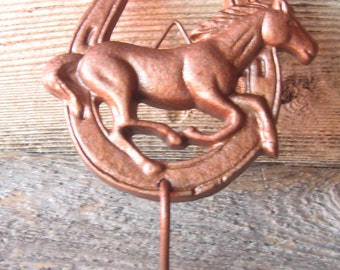 Cast Iron Horseshoe Hanger Hook Hanger/ Towel Holder/Kids/Cowboy