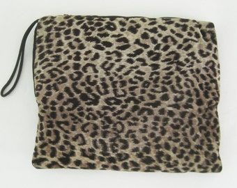 Vintage 40s 50s Leopard Printed Velvet Muff with Zippered Compartment and Satin Lining