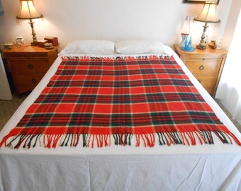 """Lightweight Plaid Acrylic Throw/Stadium Blanket/Size 50"""" by 59""""/From the 70's Era"""