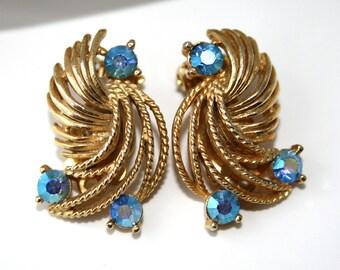 Vintage LISNER Blue Aurora Borealis Rhinestone Earrings