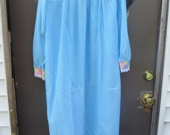 new vintage 50s-60s long blue  acetate nylon flannel nightgown  size large