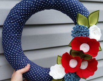 Summer wreath, 4th of july decor, patriotic wreath, fabric wreath, felt wreath, wool felt flower wreath, modern summer wreath, summer decor
