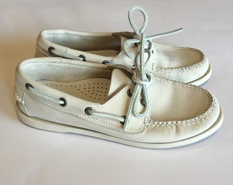 LL Bean Boat Shoes Leather Suede Size 6