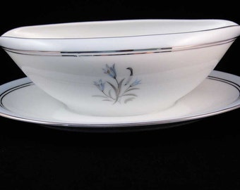 Noritake Bluebell China Gravy Boat W/Attached Underplate #5558