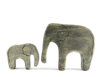 mama and baby elephant wooden toys, wood waldorf toys, waldorf animals, wooden animal toys, elephant figurine