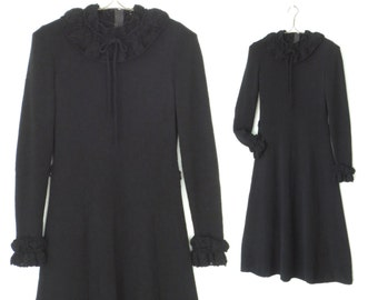 Vintage 60s Dress * Black Sweater Dress * Lace Collar Dress * Medium - Large