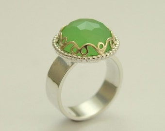 Green jade ring, Sterling Silver Ring, silver gold ring, Victorian ring, gemstone ring, gold crown ring, statement ring - Royalty R1260